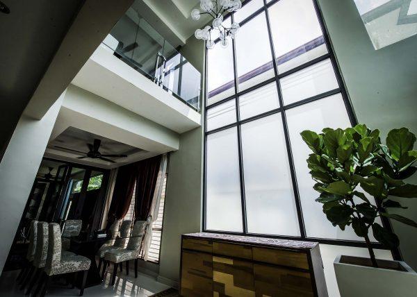 aluminium fixed window with laminated glass