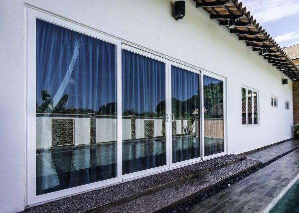 anodized aluminium sliding door with laminated glass