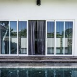 Aluminium windows and doors contribute an excellent thermal and sound insulation.